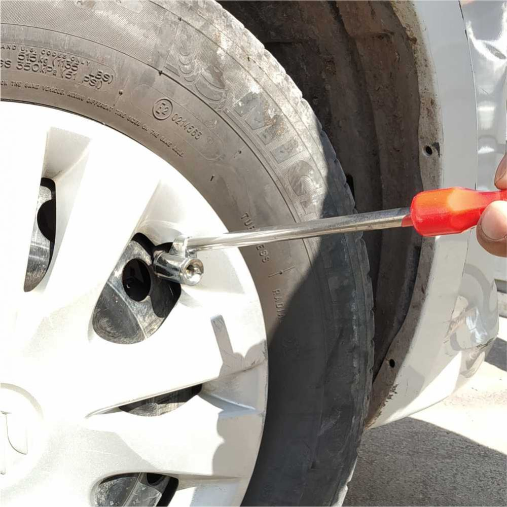 Twin Tyre main
